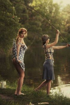 The Beauty Of Female Body In Vibrant NSFW Photographs By David Dubnitskiy. All we know about this photographer David Dubnitskiy Fishing Girls, Gone Fishing, Sexy Girl, Up Girl, David Dubnitskiy, Foto Picture, Pin Up, Fishing Humor, Sensual
