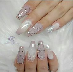 Are you looking for a way to make your nails stand out? Then you can't miss the nail designs. nail art becomes increasingly popular and looks fabulous. Generally speaking, nail designs can apply to your nails, including fingernails, thumbn Rose Nail Art, 3d Nail Art, Nail Arts, 3d Acrylic Nails, Art 3d, Fabulous Nails, Gorgeous Nails, Pretty Nails, 3d Nail Designs