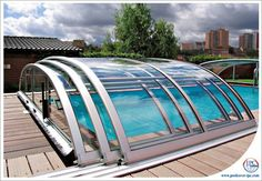 telescopic-pool-enclosures-ipc-team-1.jpg