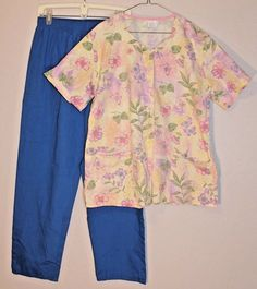 d4578168006 WS Fundamentals By White Swan Womens Scrub Top Sz Large Floral Nurse  Uniform | eBay