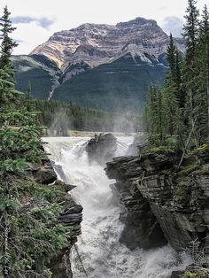 Athabasca Falls, Maligne Canyon, Jasper National Park, Alberta, Canada