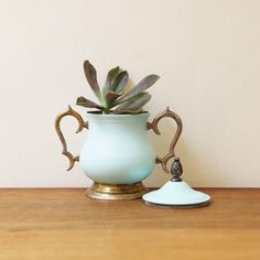 Vintage Sugar Bowl Planter on bezar.com