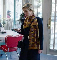 Gilmore Girls has the best knits! Ravelry: Eponymuff pattern by Lisa Whiting and Lucia Blanchet