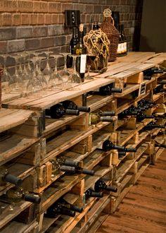 So einfach kann man ein eigenes Weinregal selber bauen Pallet shelves build as modern DIY wine racks Related posts: 172 Easy DIY Tables That You Can Build on a Budget Ana White Bar Pallet, Pallet Ideas, Pallet Wine Rack Diy, Rustic Wine Racks, Wine Cellar Design, Wine Bar Design, Sweet Home, Pallet Designs, Wine Storage