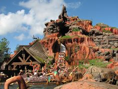 disnyland rides | Universe of Synergy: 9 Days of WDW - Day 4 - Splash Mountain