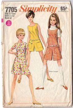 Simplicity Summer Sewing Pattern 7705 Vintage 1968 Teen Pantdress or Jumper Bust 32