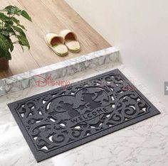 What a cute mat!