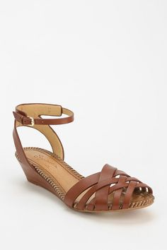 Seychelles Closer brown Woven Wedge Sandal.