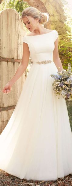 Wedding Dress Essense of Australia Spring 2017 Bridal Collection - The Spring 2017 Essense of Australia bridal collection features exquisitely romantic wedding gowns adorned with delicately feminine embellishments. Essense Of Australia Wedding Dresses, Modest Wedding Dresses, Bridal Dresses, Vintage Wedding Dresses, Conservative Wedding Dress, Dresses Australia, Affordable Wedding Dresses, Vintage Weddings, Pageant Dresses