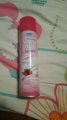 Moisturizing Shaving Cream for Sensitive Skin