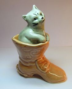 Vintage PUSS U0027N BOOTS Salt U0026 Pepper Shakers NURSERY RHYME STORYBOOK Gray Cat