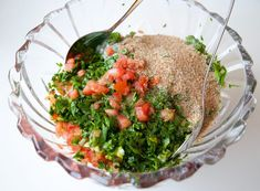 Tabouli - ZEINAS KITCHEN Seaweed Salad, Salsa, Snacks, Ethnic Recipes, Kitchen, Food, Lebanon, Bulgur, Appetizers