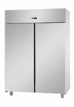 Armadio refrigerato GN2/1 monoblocco in acciaio inox a temperatura normale con 2 porte Dimensioni  L1420xP.800xH.2030/2100 Capacità LT.1400 Temperature 0°C/+10°C Gas refrigeranti R404A/R507 Assorbimento W 570 Alimentazione 230-1-50 Dotazione  6 griglie e 12 guide in acciaio inox