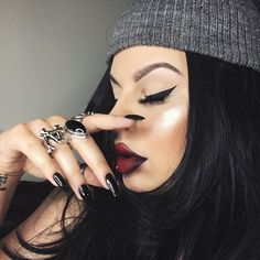 """ourfa zinali on Instagram: """"Nails be fly af thanks to @nailbarandbeautylounge Brows: Dark Brown brow wiz by @anastasiabeverlyhills. Lips: Nurse lipstick by @sugarpill + Cyber World & Currant pencil by MAC. Wing: Clay Pot liner by @tartecosmetics. Highlight: Starlight illuminator by @anastasiabeverlyhills."""""""