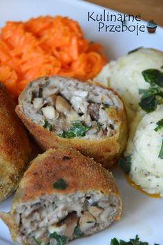 Kotlety mielone z pieczarkami i serem – pyszna alternatywa dla tradycyjnych kotletów mielonych. Można je podawać np. z ziemniakami puree (zobacz przepis na: kremowe, tłuczone ziemniaki), surówką z marchewki lub mizerią, a także z sosem pieczarkowym śmietanowym lub ziołowym (przepisy znajdziecie tutaj: Sos pieczarkowy i tutaj: Pieczarki w aromatycznym sosie). Kotlety mielone z pieczarkami i […]
