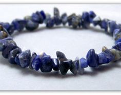 Stretch Bracelet Gemstone Bracelet por TreasuresForAQueen en Etsy