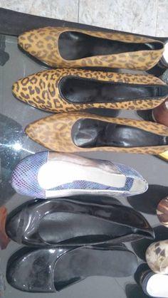 "Zapatos nuevos y usados. Encontralos en ""Abrete Closet"" Feria Americana, 2da Rivadavia 21617, Ituzaingo, Bs. As. Argentina. 46240691."