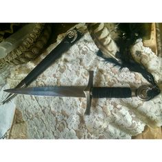 Hey, I found this really awesome Etsy listing at https://www.etsy.com/listing/240136509/sisterhood-of-the-moon-athame-gypsy