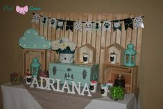 Candy bar Gatos Bar, Advent Calendar, Candy, Holiday Decor, Home Decor, Kittens, Events, Colors, Sweet
