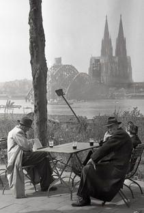 Heißgetränk, Kennedy-Ufer 1, 50679 Köln - Deutz (1946)
