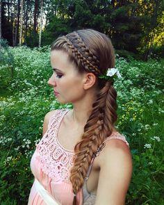 Twee lacebraids in geweven fishtailbraid voor mezelf Nieuwe week weer vooruit Ho Haircuts For Men, Toddler Hair, Flowers In Hair, Flower Hair, Insta Makeup, Braids, Dreadlocks, Long Hair Styles, Model