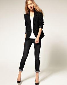 black blazer w/ black skinny jeans.