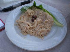 Recette Houmous facile et délicieuse sur Yummmi.es   Le houmous, cette spécialité grecque consiste en une purée de pois chiche épicée. Apprenez à cuisiner un délicieux houmous en quelques minutes !