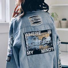 Looking for cotton jackets for girls? Buy ripped denim jacket online on Aesthetic Addict at a very reasonable price. Visit us now for more branded stuff. Tumblr Outfits, Mode Outfits, Fashion Outfits, Fashion Top, Cheap Fashion, Skirt Outfits, Denim Fashion, Modest Fashion, Style Fashion