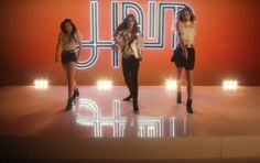 "HAIM - ""If I Could Change Your Mind"" (music video premiere) http://www.examiner.com/article/haim-busts-a-move-if-i-could-change-your-mind-music-video"