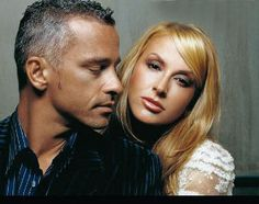 Eros Ramazzotti love and kissind compilation by http://www.wikilove.com