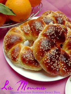 These orange scented Algerian sweet buns were brought to Oran, Algeria by the Spaniards when they captured the city in Yet another example of the cultural melting pot of the Mediterranean. via The Teal Tadjine Algerian Recipes, Lebanese Recipes, Algerian Food, Arabic Sweets, Arabic Food, Arabic Dessert, Sweet Recipes, Real Food Recipes, Cooking Recipes