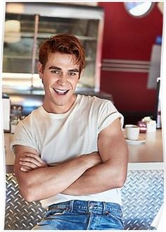 """HQ Shots compilation of the gorgeous Riverdale Cast for Entertainment Weekly's Fall Cover! Lots of glorious shots of Bughead and Varchie in this, and even Bughead (Lili Reinhart & Cole Sprouse) are. Kj Apa Riverdale, Riverdale Archie, Riverdale Cast, Archie Comics, Orphan Black, Beautiful Boys, Pretty Boys, James Fitzgerald, Hot Boys"