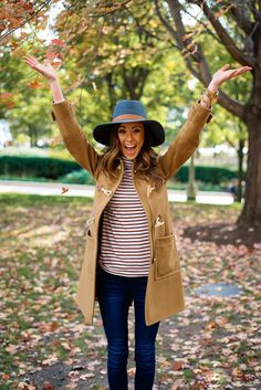 FALL IN CHICAGO | CAMEL COAT + STRIPE TURTLENECK | Sequins & Things