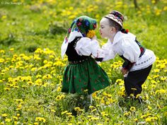 Dragobete's Day - Celebrating love in the Romanian style Folk Costume, Costumes, Romanian Girls, Visit Romania, Curious Creatures, People Around The World, Beautiful Babies, Cute Kids, Beautiful Pictures