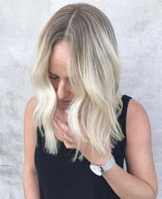 A fresh #colour by @torie_edwardsandco and #Cut & #Style by @danae_edwardsandco for this beauty! #edwardsandco #edwardsandcoalexandria