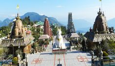 What are places to visit in Sikkim,Darjeeling?