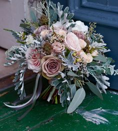 wintry bridal bouquet