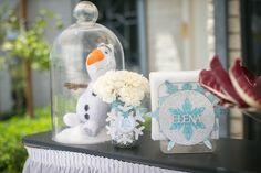 Frozen Winter Wonderland themed birthday party via Kara's Party Ideas KarasPartyIdeas.com Stationery, decor, cake, tutorials, favors, recipes, supplies, etc! #frozen #frozenparty #winterwonderlandparty (30)