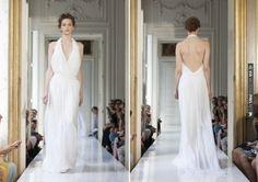 backless hlaterneck wedding dress | VIA #WEDDINGPINS.NET