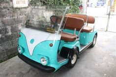 Custom golf-kart stile Volkswagen verde acqua e bianco Logo Golf, Golf 7 R, Custom Golf Carts, Custom Golf Cart Bodies, Golf Instructors, Vw Gol, Golf Cart Accessories, Golf Club Grips, Best Golf Clubs