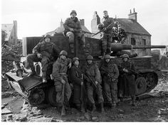 Easy Company boys on the Hatfield set
