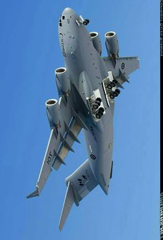 C 17 Globemaster Iii, Us Military Aircraft, Boeing Aircraft, Aerial Arts, Air Raid, Military Pictures, Metal Birds, Aircraft Design, Air Show