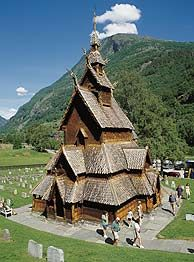 Stave churches - Die Stabkirche in Borgund ist die besterhaltene aller norwegischen Stabkirchen (1225-1250)