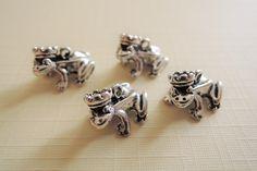 Dieren - Cute frog charms antique silver 5 pcs pendant - Een uniek product van francois2017 op DaWanda