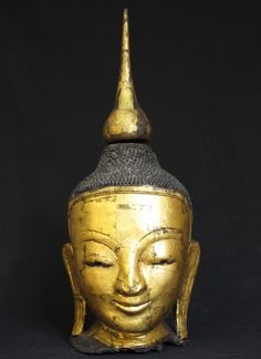 Burmese Buddha head [Material: lacquer] [55 cm high] [Ava style] [Goldplated with 24 krt gold] [Originating from Burma] [Price: 250 euro]