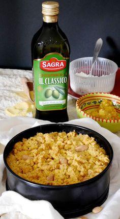 Sbrisolona salata all'olio ripiena di ricotta e funghi Ricotta, Italian Desserts, Strudel, Food Humor, Antipasto, Wine Recipes, Finger Foods, Macaroni And Cheese, Buffet