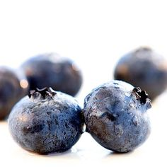 Eating blueberries may help your memory, and they have high levels of compounds that help widen arteries, which helps blood to flow smoothly. http://www.health.com/health/gallery/0,,20665789,00.html