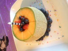 Easy fruit birthday cake!
