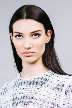 9 Go-To Trends, Upgraded For 2015 #refinery29  http://www.refinery29.com/new-beauty-trends-2015#slide-1  Then: Divergent Eyeliner  We spotted this early on last year and immediately fell in love. The style helps elongate your eyes, which makes them appear larger. What's more, it's insanely easy to do.