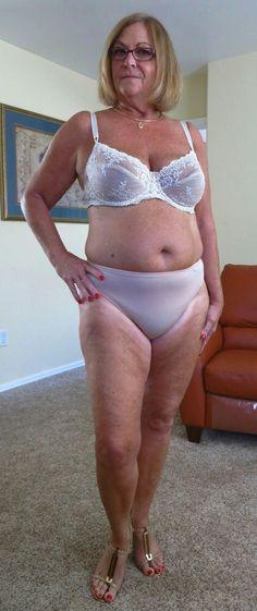 Girls undressing for doctor